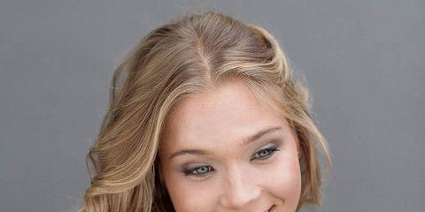 Lip, Hairstyle, Eye, Chin, Shoulder, Eyebrow, Joint, Eyelash, Tooth, Facial expression,