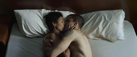 Ear, Human, Comfort, Shoulder, Photograph, Sleep, Interaction, Linens, Black hair, Nap,