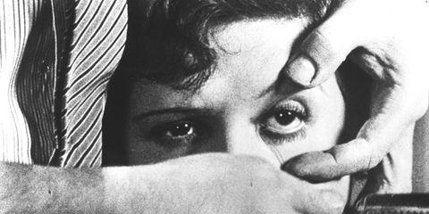 Finger, Eye, Eyebrow, Hand, Eyelash, Wrist, Monochrome photography, Monochrome, Style, Black-and-white,