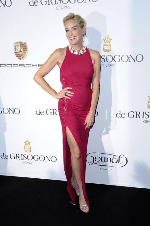 Dress, Shoulder, Joint, Style, Formal wear, Waist, Cocktail dress, Flooring, One-piece garment, Fashion,