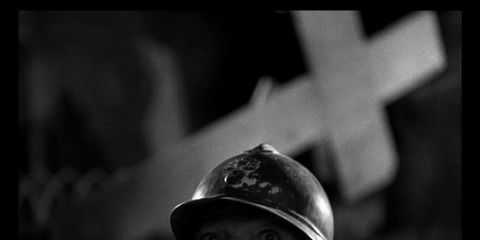 Helmet, Personal protective equipment, Headgear, Monochrome, Monochrome photography, Photography, Hard hat, Black-and-white, Soldier, Symbol,