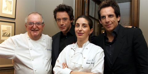 Hair, Face, Head, Vision care, Smile, People, Sleeve, Collar, Dress shirt, Chef,
