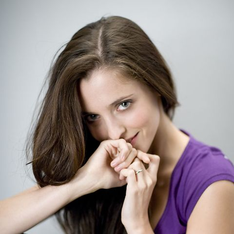 Finger, Lip, Hairstyle, Skin, Shoulder, Eyebrow, Wrist, Hand, Joint, Eyelash,