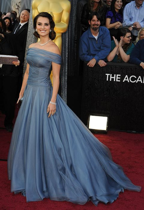 Blue, Dress, Human body, Flooring, Textile, Formal wear, Red, Gown, Style, Premiere,