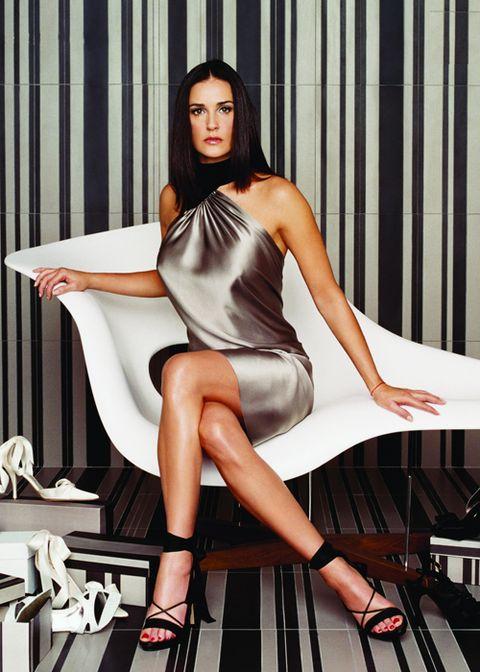 Clothing, Leg, Human leg, Dress, Style, Sitting, Thigh, Knee, High heels, Beauty,