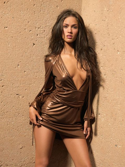 Dress, Satin, Fashion model, Thigh, Beauty, Model, Black hair, Waist, One-piece garment, Day dress,