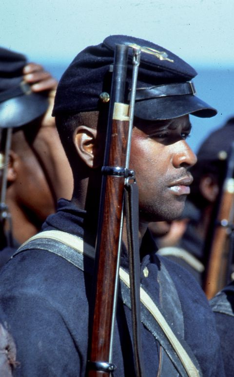 Soldier, Headgear, Uniform, Costume accessory, Costume, Law enforcement, Military, Grenadier, Shotgun,