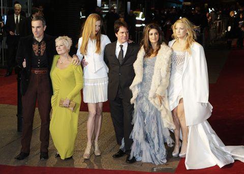 Trousers, Textile, Flooring, Formal wear, Carpet, Coat, Dress, Suit, Fashion, Gown,