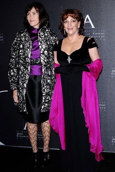 Dress, Purple, Style, One-piece garment, Magenta, Fashion, Day dress, Violet, Fashion model, Cocktail dress,