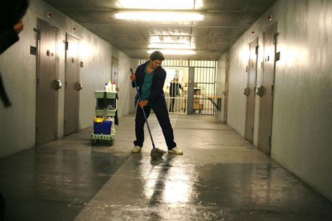 Floor, Flooring, Standing, Ceiling, Luggage and bags, Street fashion, Snapshot, Cleanliness, Shadow, Hall,