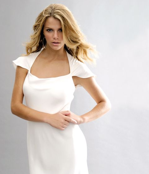 Clothing, Hairstyle, Sleeve, Skin, Shoulder, Elbow, Joint, Dress, White, Fashion model,
