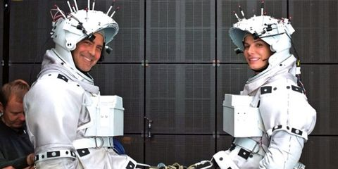 Headgear, Personal protective equipment, Helmet, Technology, Glove, Machine, Armour, Breastplate, Robot,