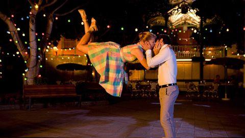 Night, Plaid, Interaction, Bench, Tartan, Romance, Love, Gesture, Kiss, Dance,
