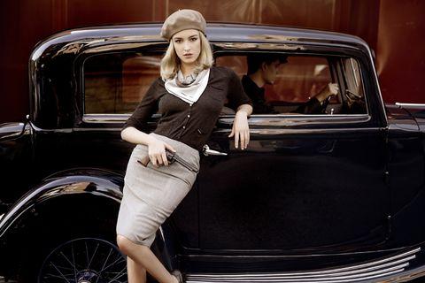 Automotive design, Vehicle, Land vehicle, Automotive exterior, Vehicle door, Classic car, Car, Classic, Fender, Antique car,