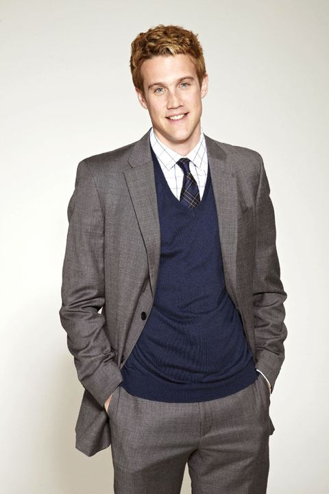 Clothing, Coat, Dress shirt, Collar, Sleeve, Trousers, Shoulder, Pocket, Standing, Shirt,