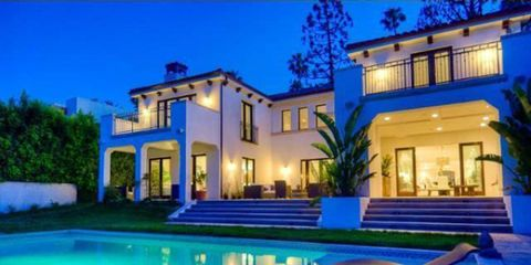 Lighting, Swimming pool, Property, Real estate, Majorelle blue, Home, Residential area, Facade, House, Resort,