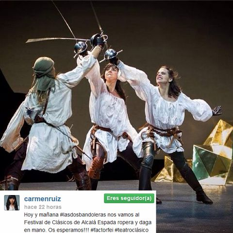 Team, Dancer, Choreography, Dance, Stage, Concert dance, Crew, Acting, Gesture, Photo caption,