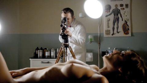Shoulder, Camera accessory, Lens, Wrist, Cameras & optics, Film camera, Photography, Camera, Photographer, Camera lens,