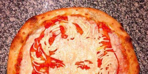 Lip, Cheek, Red, Orange, Carmine, Baked goods, Fast food, Pizza, Peach, Snack,