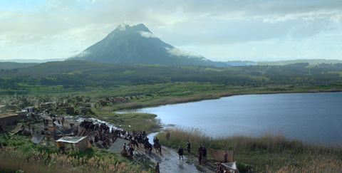 Mountainous landforms, Water resources, Highland, Natural landscape, Landscape, Hill, Bank, Mountain range, Hill station, Mountain,