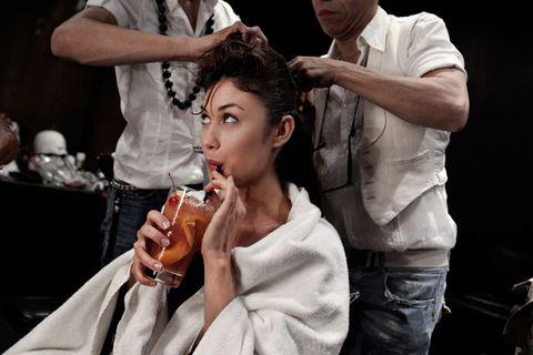 Arm, Hand, Drink, Alcohol, Barware, Alcoholic beverage, Drinking, Beauty salon, Barber, Hairdresser,