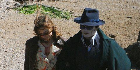 Hat, Sun hat, Dress, Fedora, Cowboy hat, Costume hat, Vintage clothing, Bicycle tire,