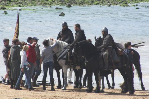 Human, Vertebrate, Water, Horse supplies, Bridle, Working animal, Horse, Halter, Rein, Horse tack,