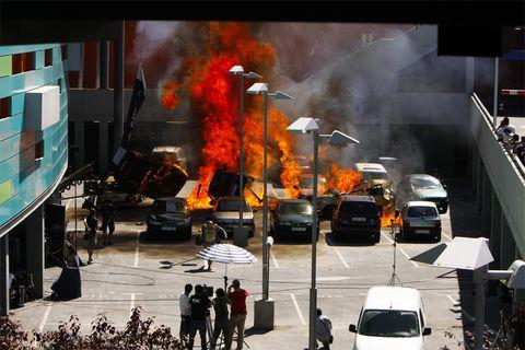 Motor vehicle, Land vehicle, Car, Smoke, Pollution, Fire, Traffic, Traffic congestion, Automotive mirror, Automotive side-view mirror,