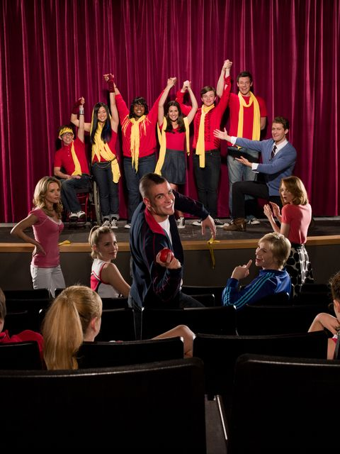 Stage, Curtain, Theater curtain, heater, Public event, Talent show, Theatre, Performing arts center, Drama, Musical ensemble,