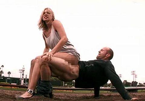 Leg, Human leg, Photograph, Sitting, Elbow, Comfort, Interaction, Knee, Temple, Thigh,
