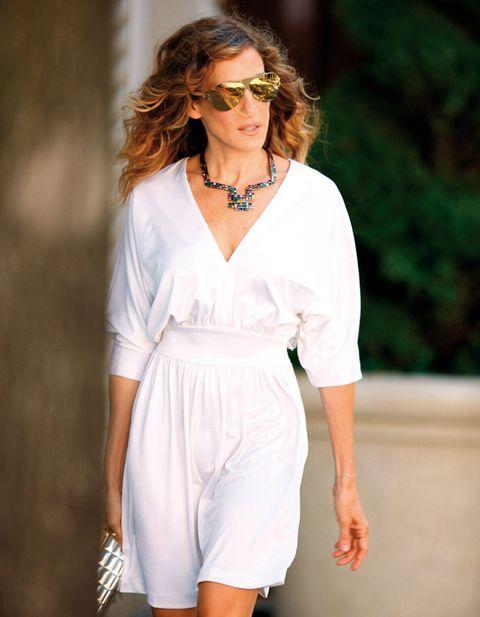 Eyewear, Glasses, Sleeve, Shoulder, Jewellery, Sunglasses, Joint, Dress, Earrings, Style,