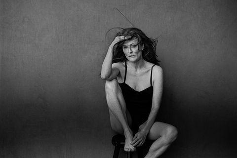 Shoulder, Elbow, Joint, Monochrome, Wrist, Human leg, Knee, Photography, Muscle, Model,