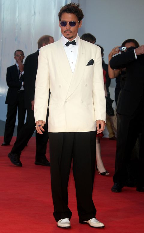 Clothing, Eyewear, Coat, Dress shirt, Trousers, Collar, Suit trousers, Shirt, Flooring, Suit,