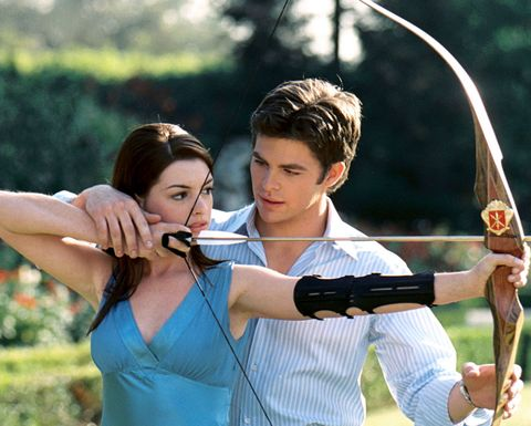 Bow and arrow, Bow, Mammal, Arrow, People in nature, Elbow, Archery, Longbow, Individual sports, Precision sports,