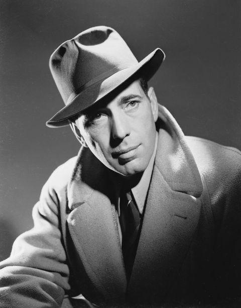 Hat, Collar, Outerwear, Coat, Style, Formal wear, Headgear, Sun hat, Monochrome photography, Monochrome,
