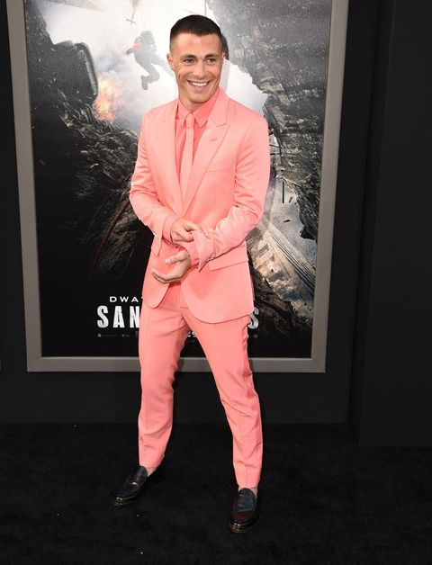 Sleeve, Shoe, Coat, Formal wear, Collar, Blazer, Suit trousers, Pocket, Businessperson,