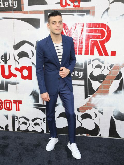 Trousers, Coat, Outerwear, Collar, Style, Suit, Formal wear, Dress shirt, Blazer, Cool,