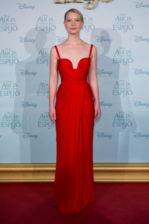 Clothing, Dress, Shoulder, Joint, Red, Flooring, One-piece garment, Formal wear, Style, Gown,