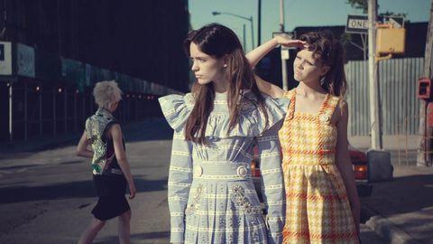 Hair, Dress, Street fashion, One-piece garment, Fashion, Youth, Day dress, Snapshot, Long hair, Necklace,