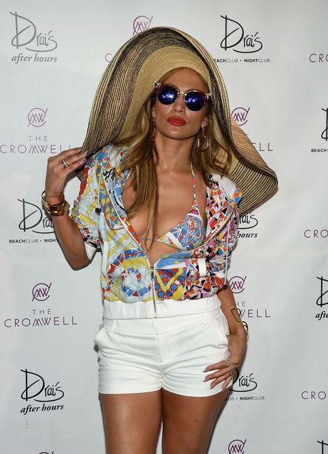 Eyewear, Lip, Skin, Shoulder, White, Denim, Style, Shorts, Sunglasses, Beauty,
