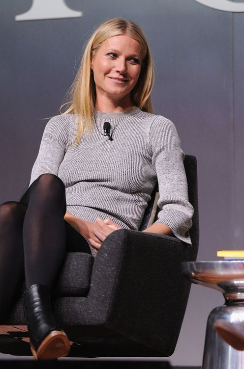 Sitting, Joint, Human leg, Knee, Thigh, Blond, Employment, Boot, Lap, Tights,