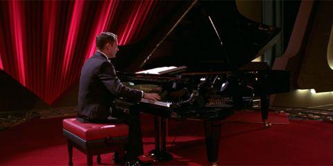 Clothing, Musical instrument, Pianist, Musician, Keyboard, Human body, Musical instrument accessory, Music, Artist, Music artist,