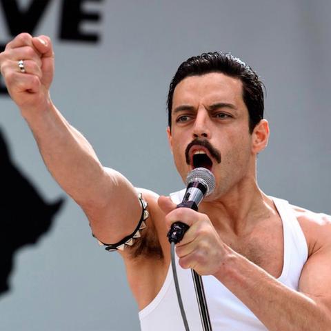 "Rami Malek nei panni di Freddie Mercury in ""Bohemian Rhapsody"""
