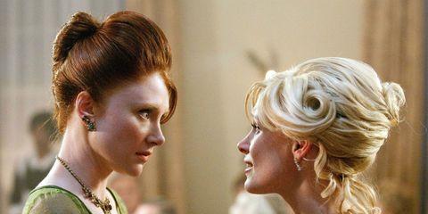 Hair, Ear, Hairstyle, Chin, Style, Eyelash, Hair accessory, Fashion, Beauty, Hair coloring,