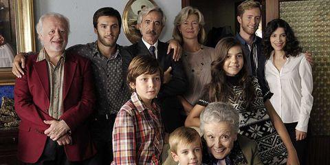 Face, Hair, Head, People, Social group, Dress shirt, Plaid, Tartan, Pattern, Family,