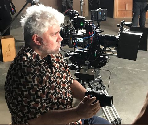 Cinematographer, Camera operator, Filmmaking, Videographer, Film crew, Photography, Recording, Electronic instrument, Film producer, Television crew,