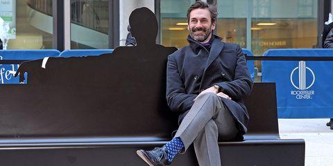 Leg, Blue, Trousers, Outerwear, Collar, Sitting, Coat, Style, Blazer, Knee,