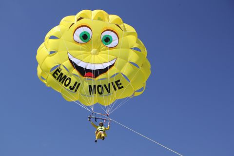 Daytime, Yellow, Happy, Parachuting, Line, Parachute, Air sports, Air travel, Azure, Parasailing,