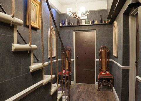 Room, Ceiling, Wall, Light fixture, Hardwood, Door, Wood stain, Household hardware, Handle, Molding,