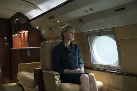 Shoulder, Comfort, Ceiling, Air travel, Service, Public transport, Blond, Cabin, Aviation, Employment,